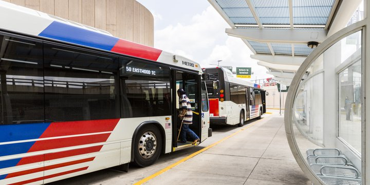 HOU Shuttles and Buses | Houston Airport System