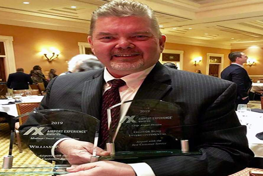 Bush And Hobby Airports Recognized For Customer Service In